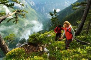 tara-hiking-tarasportrafting