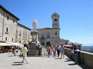 evropski_gradovi_san_marino_piazza_liberta
